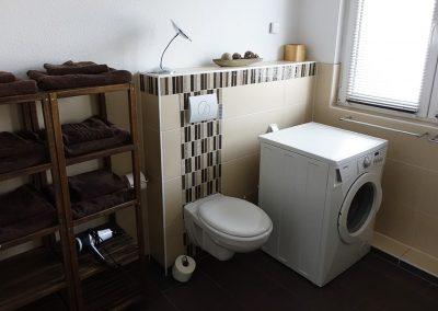 Badezimmer Waschmaschine Toilette